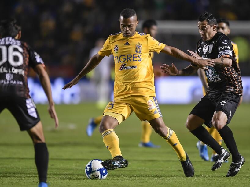 Tigres UANL v Pachuca - Torneo Apertura 2019 Liga MX
