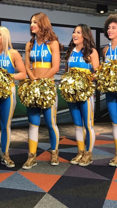 Chargers Cheerleaders 14.jpeg
