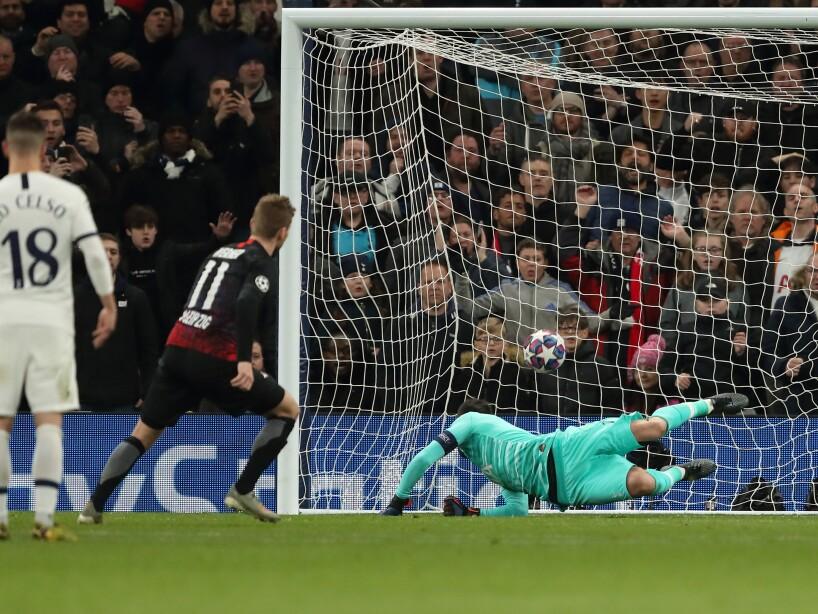 Tottenham Hotspur v RB Leipzig - UEFA Champions League Round of 16: First Leg