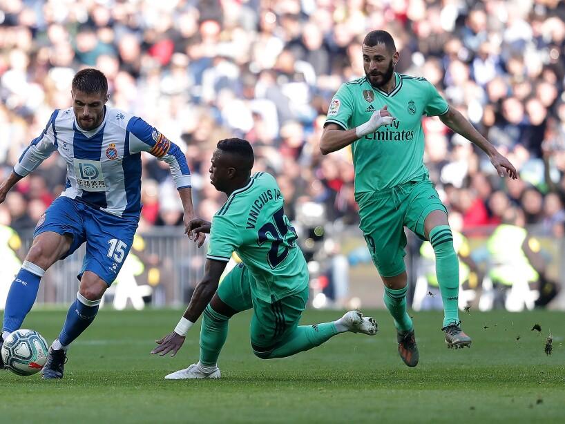Vinicius Benzema Real Madrid uniforme verde
