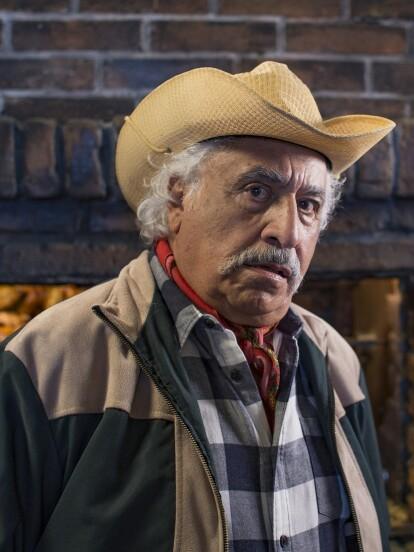 Rafael Inclán es un primer actor que forjó su carrera artística desde el cine de ficheras en la década de 1980 hasta las telenovelas. A continuación, hacemos un recorrido por su trayectoria.