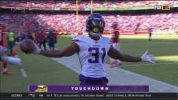 Abdullah tomó por sorpresa a toda la defensiva y logra el touchdown
