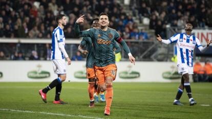 El conjunto del mexicano Edson Álvarez goleó al Heerenveen 3-1 y por diferencia de goles se instalan sobre el AZ. | Tadic marcó doblete y el mexicano ingresó de cambio.