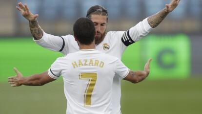 El Real Madrid venció al Eibar y sigue a la caza del barcelona por el liderato del futbol español. Toni Kroos, Sergio Ramos y marcelo anotaron, Bigas descontó para el 3-1.