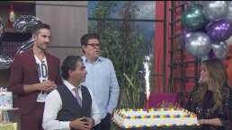 """""""Somos parte de su familia"""": Conductores de HOY 'soplan' las velitas del pastel por su 22° aniversario"""