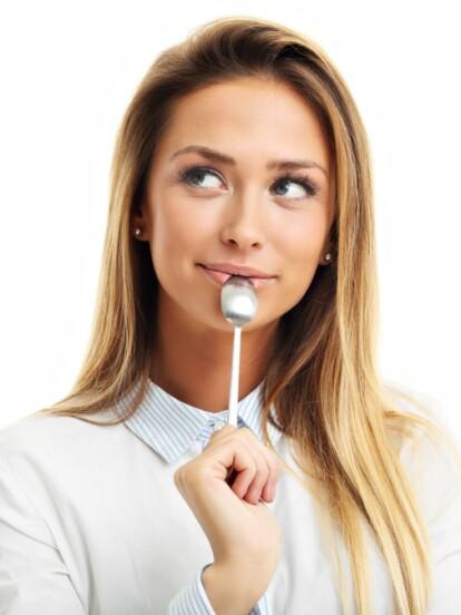 Hay ciertos días de cada mes en que las mujeres debemos intentar ser más conscientes de lo que comemos para evitar los cólicos. ¡Estos son los alimentos que debes evitar!