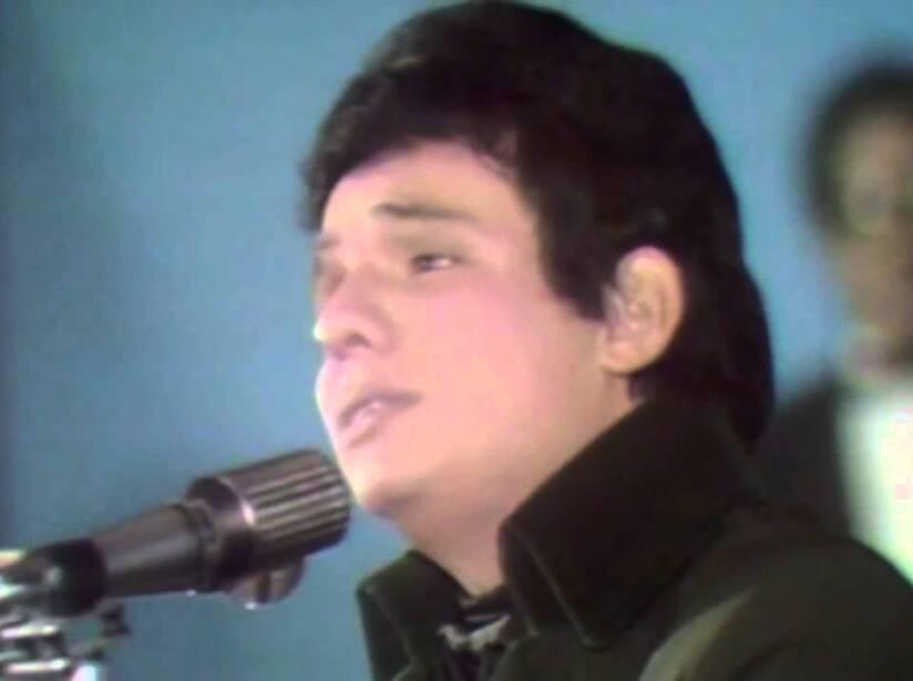 """Su vida dio un giro de 180 grados cuando su música traspasó fronteras con el tema """"La nave del olvido"""" en 1969. En 1970 se presentó en el II Festival de la Canción Latina interpretando """"El triste"""", aunque se llevó el tercer lugar, logró la ovación y el reconocimiento del público y de personalidades como: Marco Antonio Muñiz, Raúl Vale, Angélica María, entre otros."""