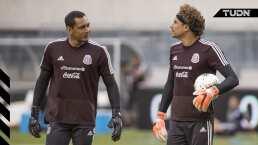 ¿Quién debe ser el portero titular de la Selección Mexicana?