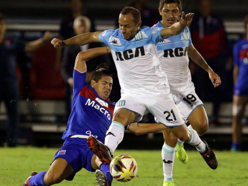 Tigre v Racing Club - Superliga 2018/19