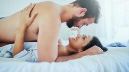 Cinco increíbles beneficios del sexo mañanero