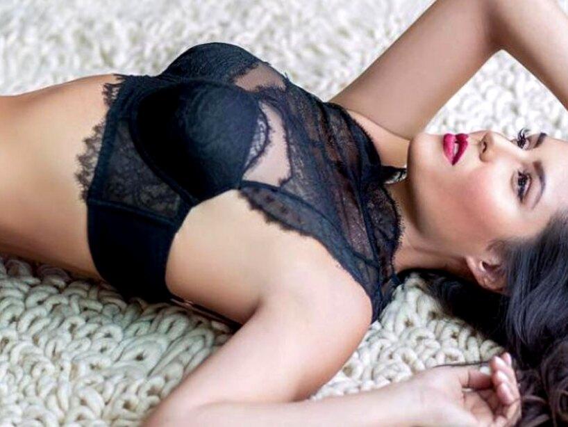 Sensuales y atractivas mujeres dan vida a 'Señora Acero'