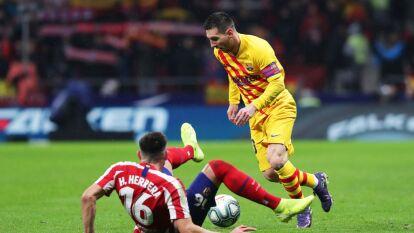 Messi frotó la lámpara y le dio el triunfo al Barcelona al final del partido con un gol de fuera del área.