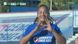 ¡Aumentan la ventaja! Marylin Díaz no falla el penal y pone el 2-0
