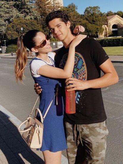Roberto, uno de los gemelos que Itatí Cantoral tuvo con Eduardo Santamarina, está enamorado y presumió a su novia en redes sociales.