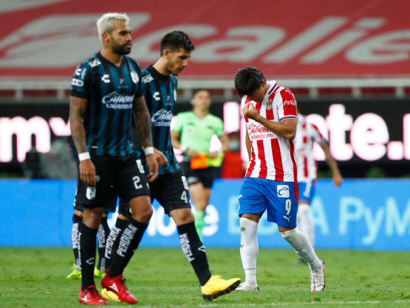 Chivas v Queretaro - Torneo Guard1anes 2020 Liga MX