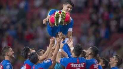 Alan Pulido jugó tres años y medio para las Chivas tras su vuelta de Europa, ganó la Liga de Campeones, una Liga MX, una Copa y un Campeón de Campeones.