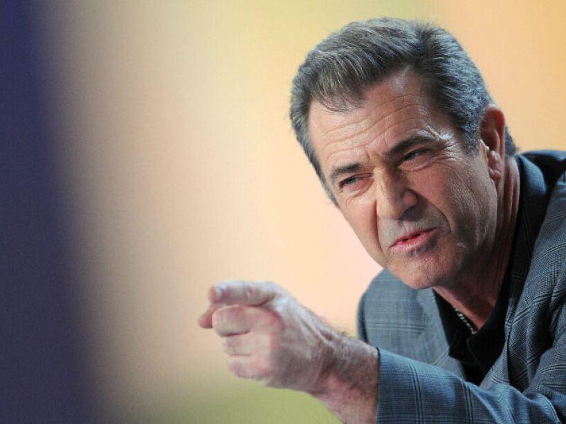 En 2004 la revista Time eligió a Mel Gibson y Michael Moore como Hombre del Año (Men of the Year).