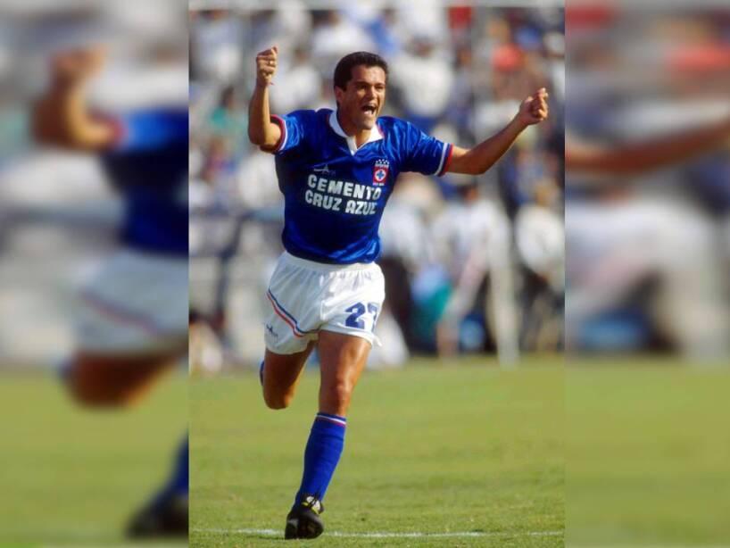 5 Carlos Hermosillo.jpg