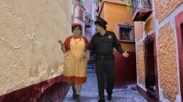 Doña Márgara en el tubo del tiempo: Las momias de Guanajuato