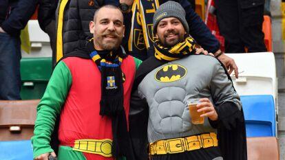 Las tribunas del Dacia Arena se pintaron de colores con la visita del Hellas Verona en una rivalidad añeja que se remonta a los años 80.