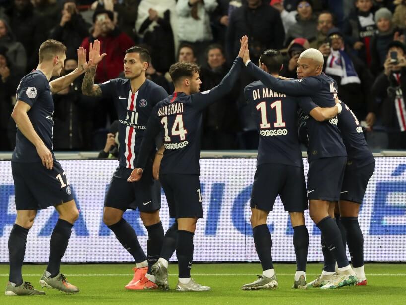 En el Parque de los Príncipes, PSG arroyó a Amiens 4-1 y, los dirigidos por Thomas Tuchel, llegan a 45 puntos en la Ligue 1. Kylian abrió y anotó el tercero (10', 65'). Neymar marcó al 46' y Mauro Icardi (84') selló la goliza.
