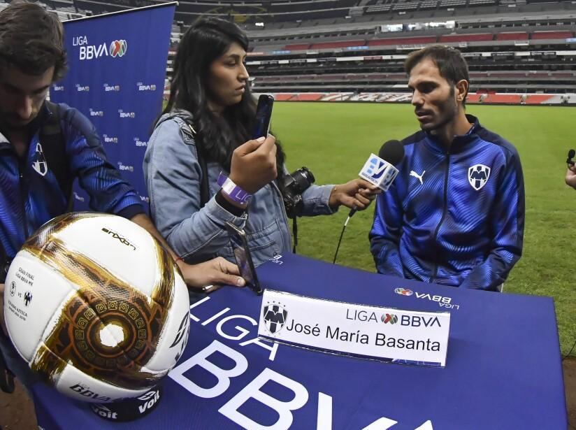 Técnicos y jugadores concedieron entrevistas en un ambiente relajado desde el Estadio Azteca.