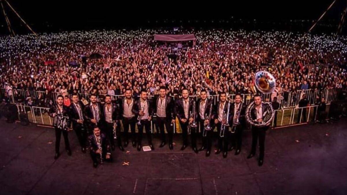 San Antonio Se Une Al Tour 2020 Veinte Veinte De Banda Ms