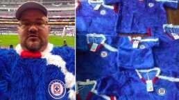 ¡Ludovicomanía! Se hace viral con jersey de P.Luche y ahora los vende