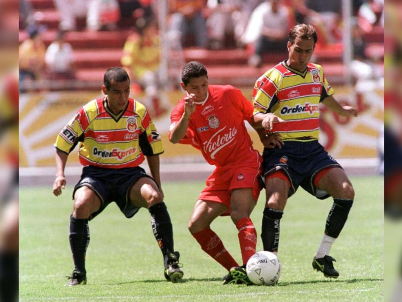 Morelia vs Toluca, Invierno 2000, 1.png