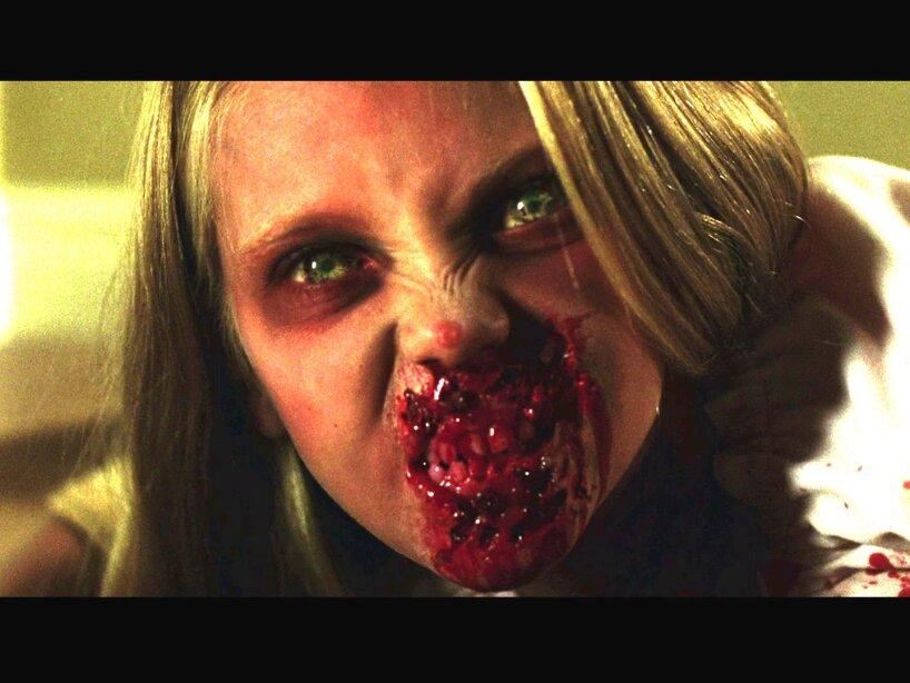 4. Niña en Dawn of the Dead: Nada más espeluznante que esta mocosa de El Amanecer de los Muertos Vivientes.