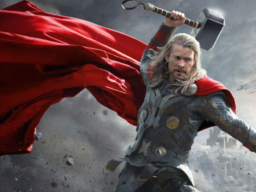 Thor: The Dark World (2013): Chris Hemsworth da vida a Thor, quien se enfrenta a un enemigo al que ni siquiera Odín y Asgard pueden hacer frente.