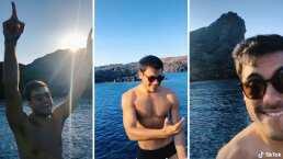 Con diminuto traje de baño, Carlos Rivera comparte video disfrutando de sus vacaciones