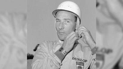 A pesar de nunca haberse adjudicado un título de la Formula 1, el piloto Sir Stilring Moss, fue considerado uno de los mejores que han corrido en dicho certamen. Mantiene un récord de 16 victorias entre los pilotos que nunca se llevaron una F1. Murió a los 90 años.
