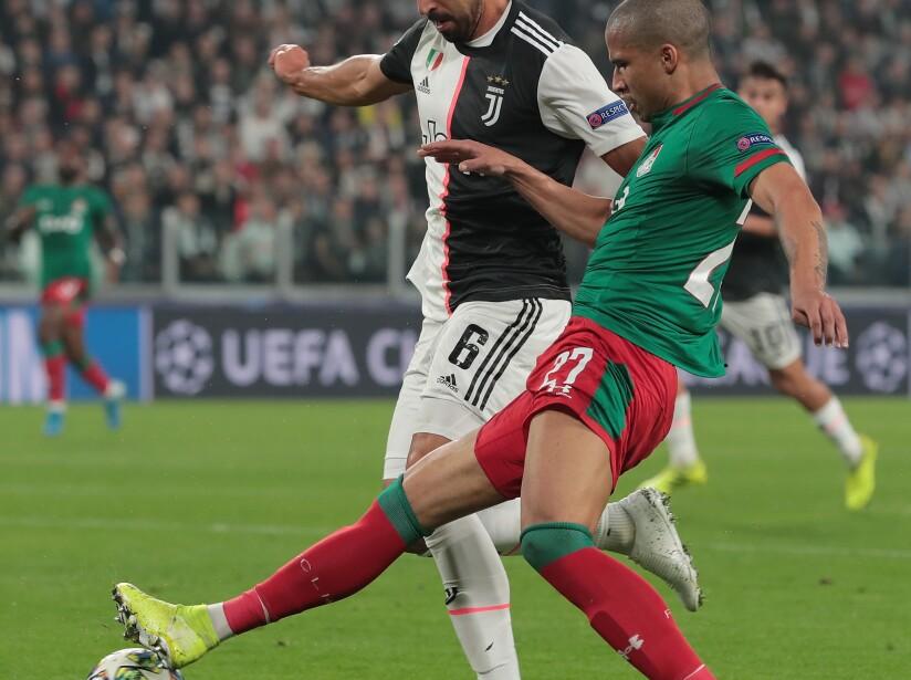 Juventus v Lokomotiv Moskva: Group D - UEFA Champions League
