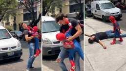 Danilo Carrera y el hijo de Michelle Renaud enternecen al jugar juntos 'luchitas'