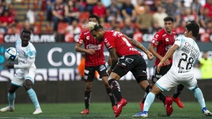 Tijuana y Querétaro llegaron a 4 puntos tras igualar a un gol en la frontera. Al 36' Washington Cmacho abrió el marcador y al 52', Jordan Sierra de penal puso cifras definitivas.