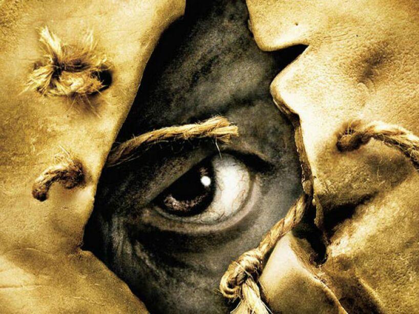 Jeepers Creepers es una película de terror de 2001, escrita y dirigida por Victor Salva, donde también aparece un espantapájaros.