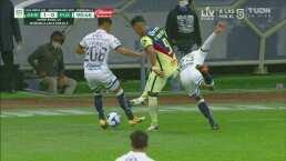 ¡Sacó la magia! Roger Martínez hace jugada de crack ante Puebla