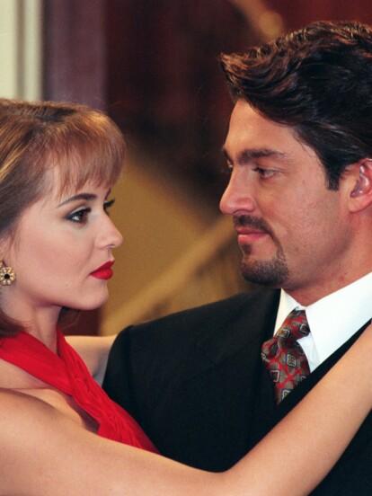 En 1998 impactó con el personaje de 'Carlos Daniel Bracho', haciendo pareja con Gaby Spanic en 'La Usurpadora'.