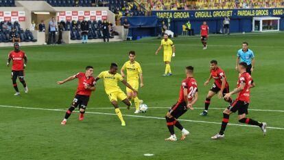 Con gol del colombiano Carlos Bacca, el Villarreal logra sumar los tres puntos y hunden más al Mallorca.