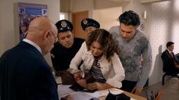 C52: Helena saca a Juan Carlos del torito