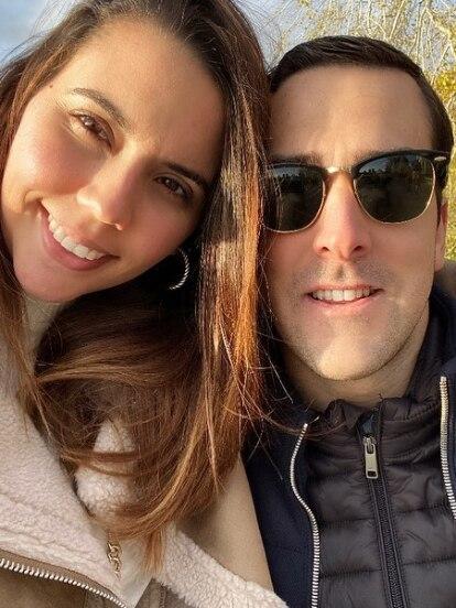 Este viernes 20 de marzo, Julián Gil anunció en redes sociales que la boda religiosa de su hija Nicolle quedaba suspendida, debido a que le habían detectado cáncer a su yerno Iñigo Ariño, quien se centraría por completo en su recuperación.