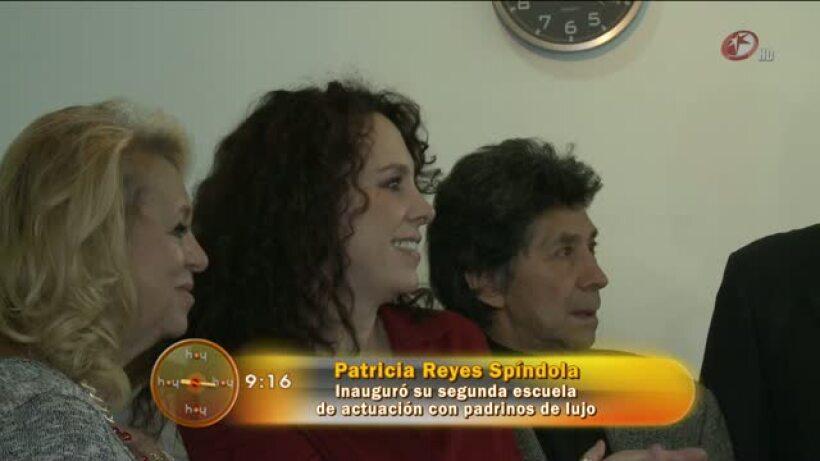 Patricia Reyes Spíndola inauguró su segunda escuela