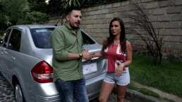 Mariazel y El Rojo Abreu explican paso a paso cómo se cambia una llanta