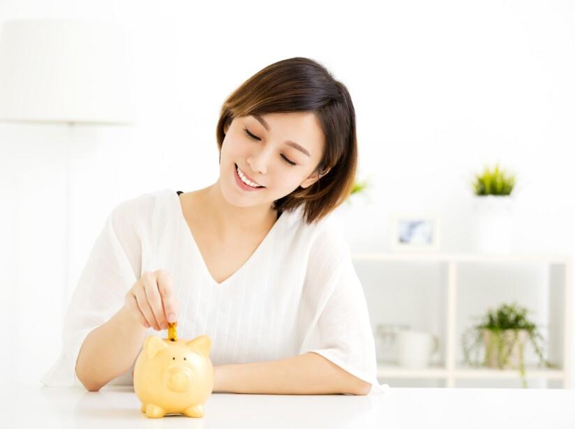 Para lograr ser una mujer independiente económicamente deberás valorar tu trabajo y agradecerlo; ahorrar, así como rescatar tus habilidades.