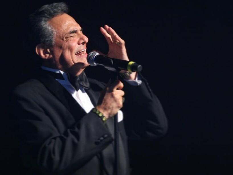 José José regresará tras vencer cáncer