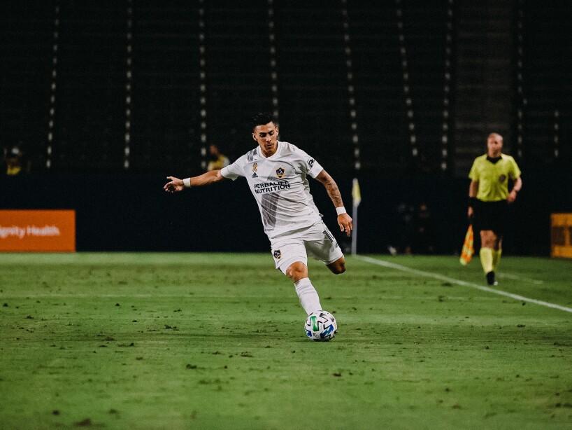 LA Galaxy vs LAFC5.jpg