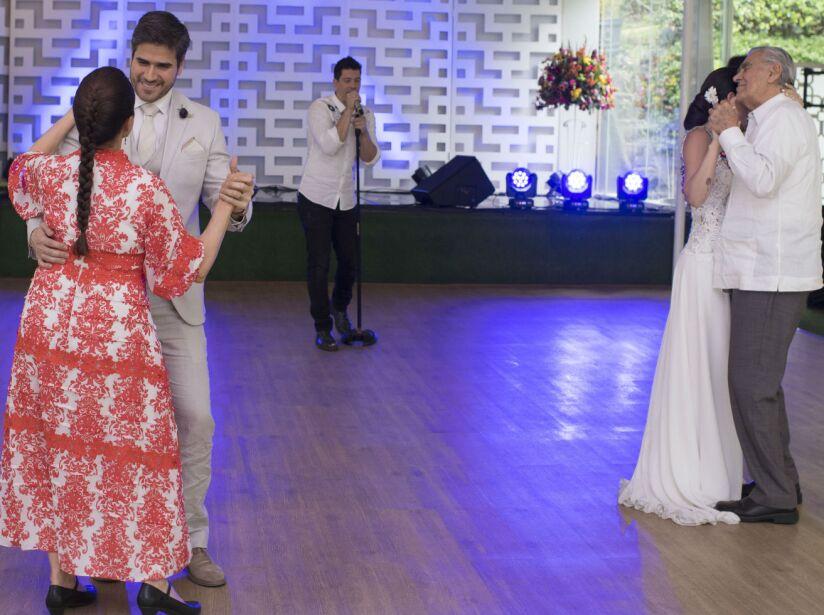 Emociones y sorpresas en la boda de Julieta y Robert!   Mi marido ...