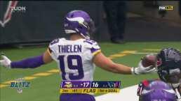 ¿Cómo atrapó eso? Thielen consigue un TD con un gran pase de Cousins