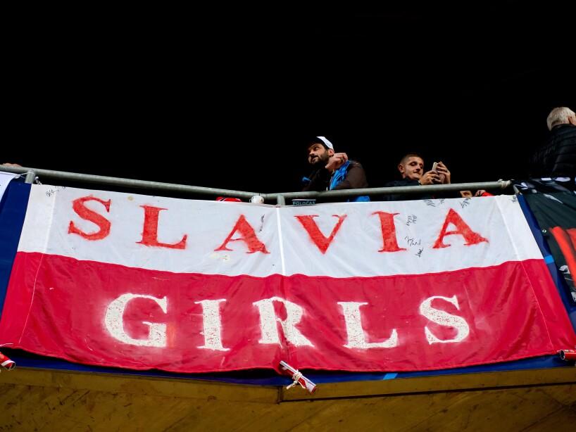 Slavia Praha v FC Barcelona: Group F - UEFA Champions League